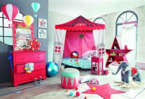 chambre enfants mixte chambre mixte cirque deco picslovin