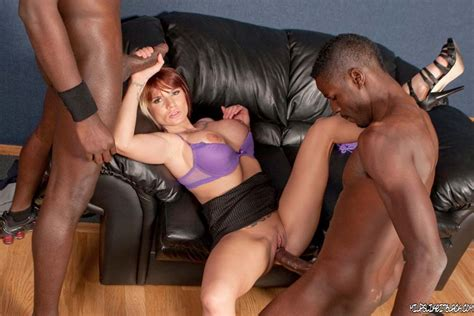 gorgeous freak milf fucking hot interracial threesome sex pichunter