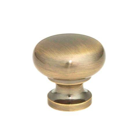 antique brass cabinet knobs giagni 1 1 4 in antique brass round cabinet knob kb 6br 7