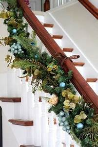 1000 images about CHRISTMAS STAIRS on Pinterest