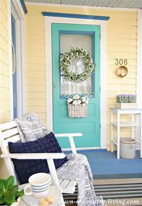 Pretty Front Porch Ideas - Eighteen25