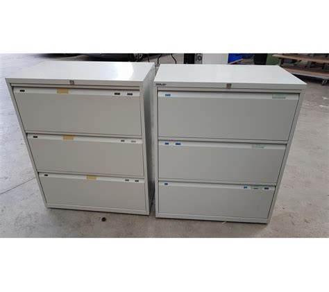 lot de 2 armoires bisley 3 tiroirs pour dossiers suspendus faillites info