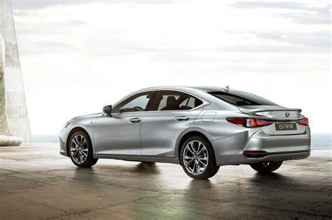 lexus es revealed pictures specs  price car