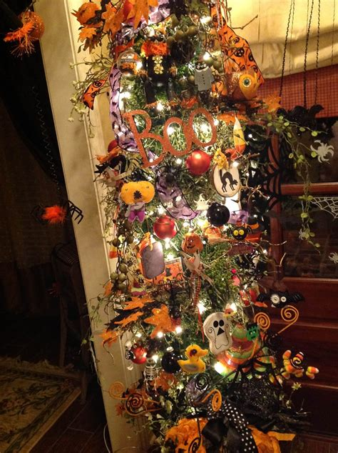 The Vintage Goose My Halloween Tree, Ornaments And