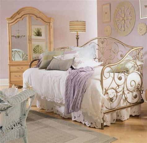 1772 vintage bedroom decorating ideas deluxe vintage bedroom decor ideas great master bed