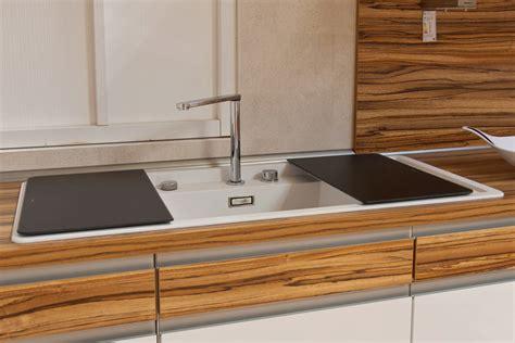 Küchenarmatur Vor Fenster by Wasserhahn Kuche Vor Fenster Myappsforpc Org