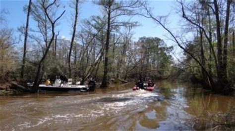 Bassmaster Boat Crash by 2013 Mike Iaconelli Professional Bass Tournament Fishing