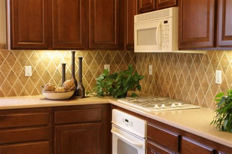 Cheap Backsplashes : Cheap Ideas To Fix And Decorate Your Backsplash Tiles