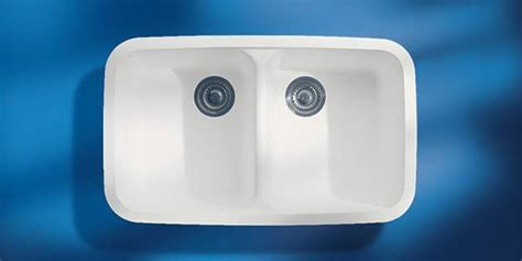 kitchen sinks corian 174 dupont usa