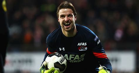 Brighton Sign Dutch Goalkeeper Tim Krul From Newcastle On ...