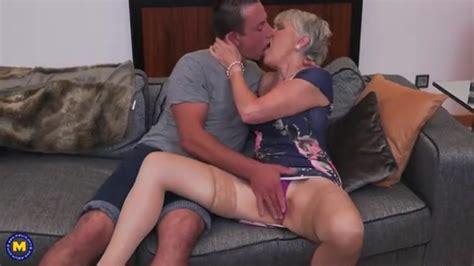 Hot MATURE GILF COUGAR MOM MOTHER MILF Free Porn