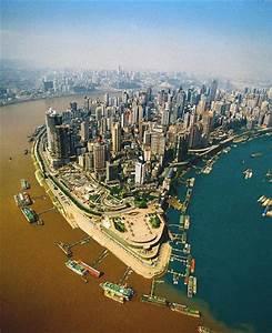 Chongqing ville sulfureuse - Jn in China