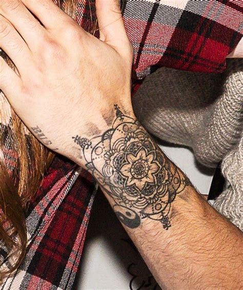 pin  tatoos     future