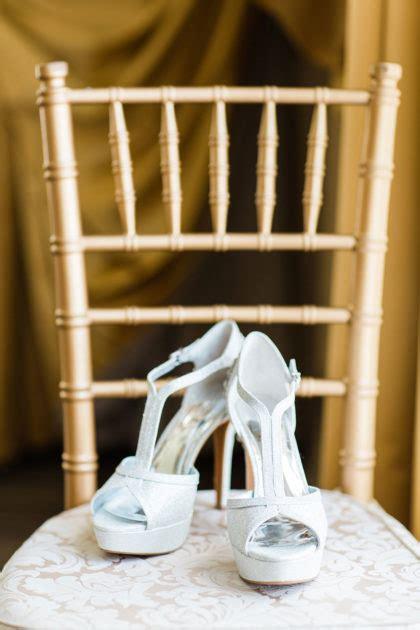 meredith golden  nicholas cordovas beautiful dfw wedding