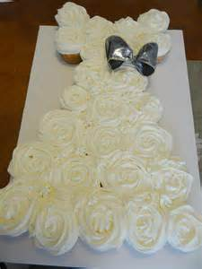 cupcake wedding dress wedding gown pull apart cupcake cake