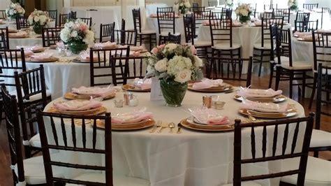 white chiavari chair wedding