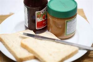 How to Make Peanut Butter and Jelly Toast » VripMaster