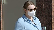 Pregnant Emma Stone Shows Off Baby Bump During LA Outing ...