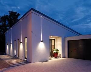 Haus Garten Außenbeleuchtung : frei geplantes architektenhaus am hang so k nnte es ~ Lizthompson.info Haus und Dekorationen