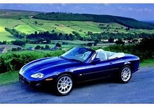 Jaguar Xk8 Fiche Technique : fiche technique jaguar xk8 xk8 v8 cabriolet 1996 ~ Medecine-chirurgie-esthetiques.com Avis de Voitures