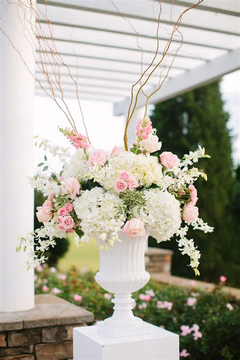 Dimensional Soft Urn Arrangement For Ceremony And Either