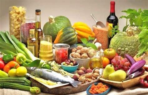 Ushqimet që shkaktojnë më shumë probleme në organizëm se cigarja - Rajonipress.com