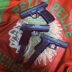 I tote .30's no revolvers – How It Go by Chief Keef