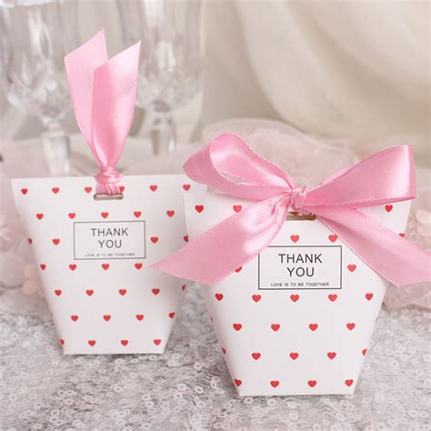 unique wedding favors door gifts  wide range
