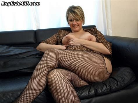 English Milf Big Ass Housewife In Stockings Uniforms