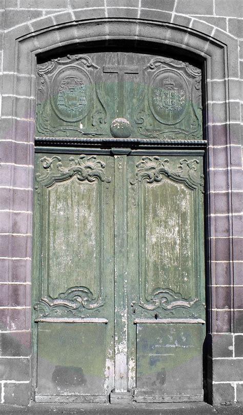 porte de la chapelle panoramio photo of porte de la chapelle des carmes clermont ferrand