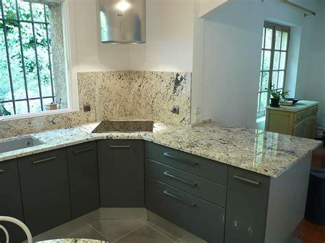 plan de travail cuisine granit florenza white azur