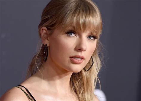Here's why Taylor Swift is re-recording her first 6 albums ...