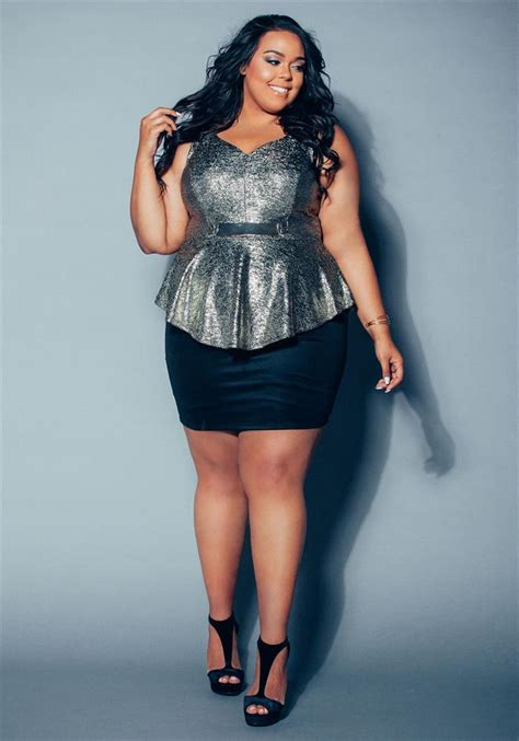 Deb Shops Teams Up With Plus Size Blogger Curves On A