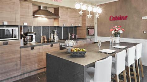 les plus belles cuisines design kitchen up available with doors in nature oak