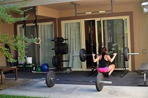 Top 10 Awesome Weight Lifting Gyms (With Photos) - Sports ...