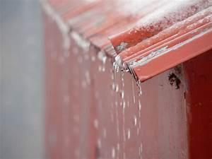 Feuchtigkeitssperre Auf Bodenplatte : gartenhaus abdichten so flicken sie undichte stellen ~ Lizthompson.info Haus und Dekorationen