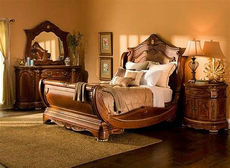 Raymour And Flanigan Bedroom Furniture by Different Hton Court 4 Pc King Bedroom Set Bedroom