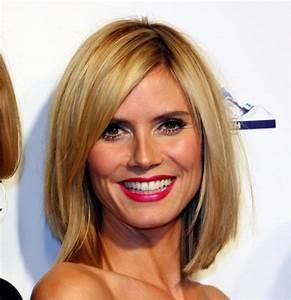 Coiffure Carré Mi Long : coupe de cheveux mi long lisse avec frange ~ Melissatoandfro.com Idées de Décoration