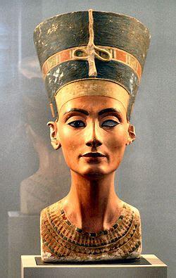 Busto Di Nefertiti Wikipedia