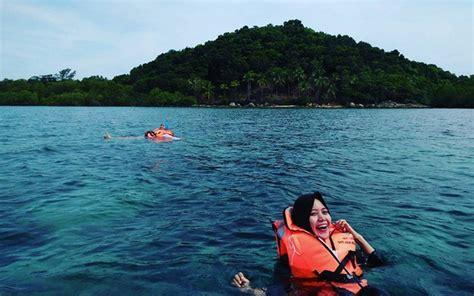 pulau kelapan destinasi wisata bahari keren  bangka