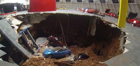 corvette museum sinkhole dirt chevrolet cars news sinkhole swallows corvettes in us