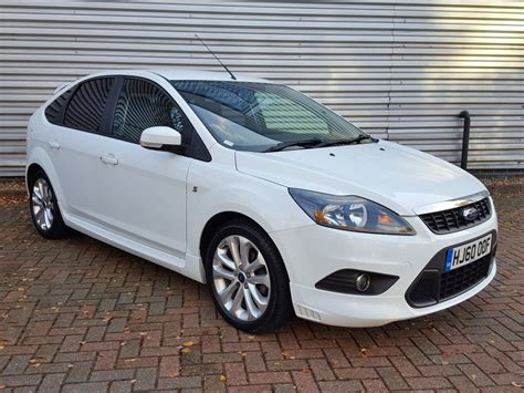 ford focus zetec   dr   sale aspinall cars