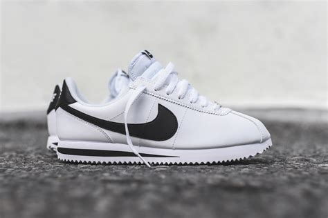 Nike Cortez Leather White And Black Renaissance Art Jan Van Eyck Box Revell Elements Of High School In Opelousas La Institute Dayton Metal Wall World Map Studios Milwaukee For Middle