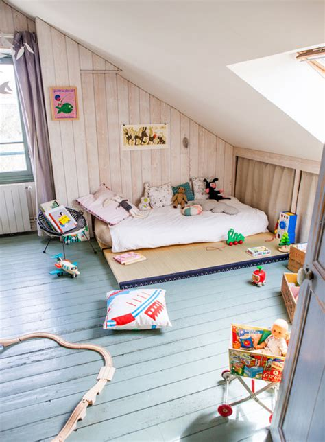 chambre montessori a cosy attic room petit small