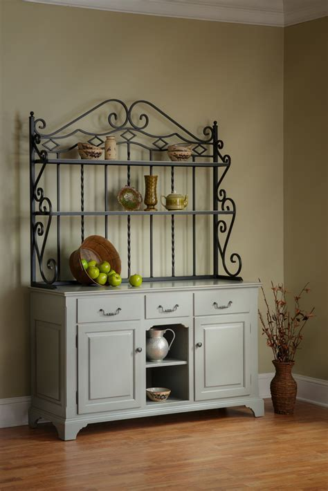 Open Front Buffet with Baker's Rack   Town & Country Furniture