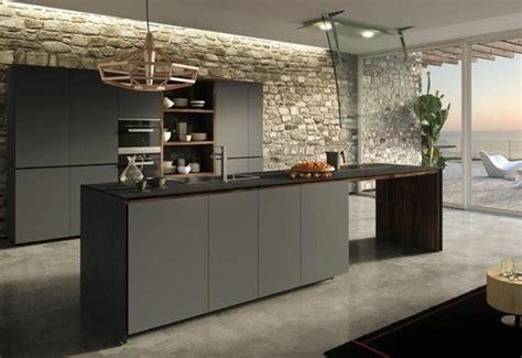 mur de cuisine cuisine gris anthracite 56 idées pour une cuisine chic