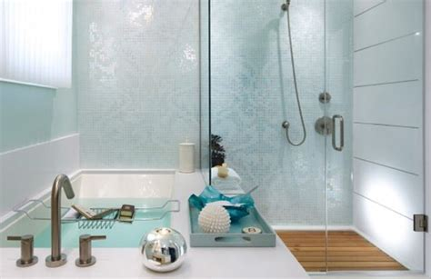 renover une salle de bain 30 ideas of mosaic tile accents in a bathroom