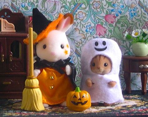 Teddy Bears & Friends   Sylvanian Families ? JP Trick or