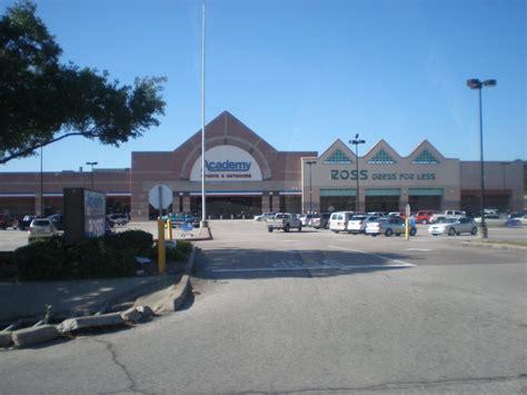 louisiana  texas southern malls  retail  retail