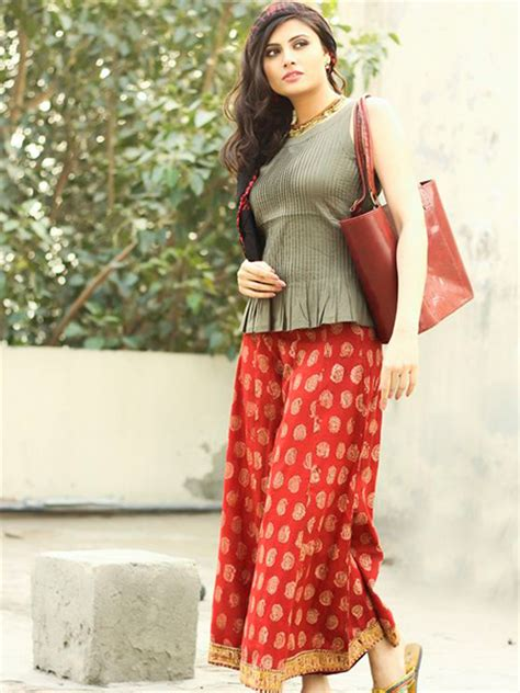 slit side top trend alert how to style your palazzos the ethnic way